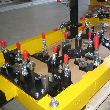 Large welding clamping tools for arc robotic welding