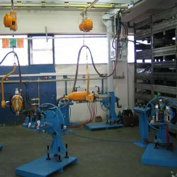 Complete welding workplace for manual resistance welding