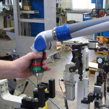 Set up and measurement of welding tools by measuring arm FARO
